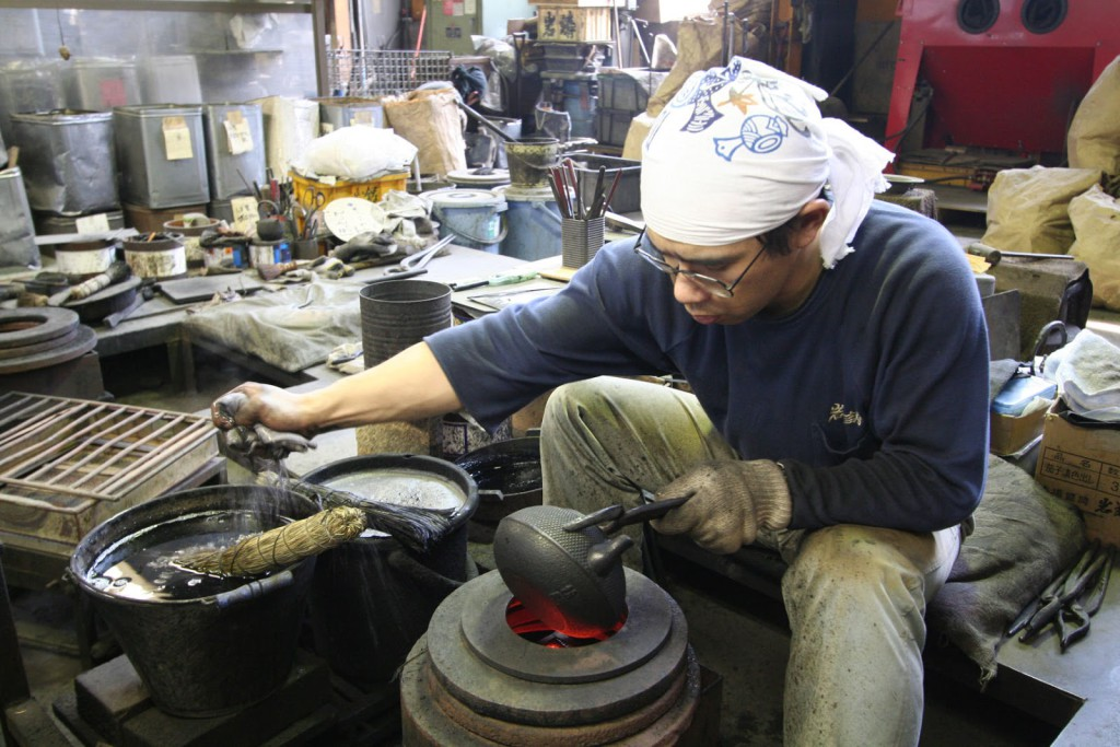 Teteras de hierro colado japonesas t t - Tetera japonesa hierro fundido ...
