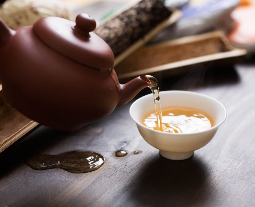 servir té tetera